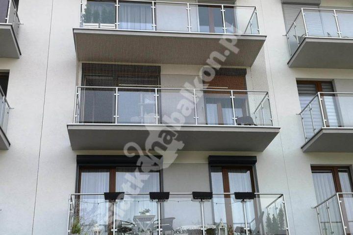 Siatka na balkon zabezpieczająca przed ptakami